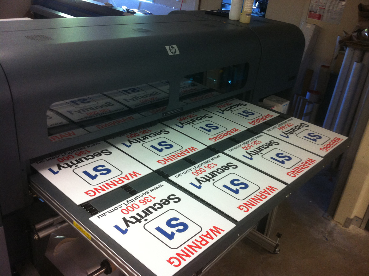 Corflute signage being printed