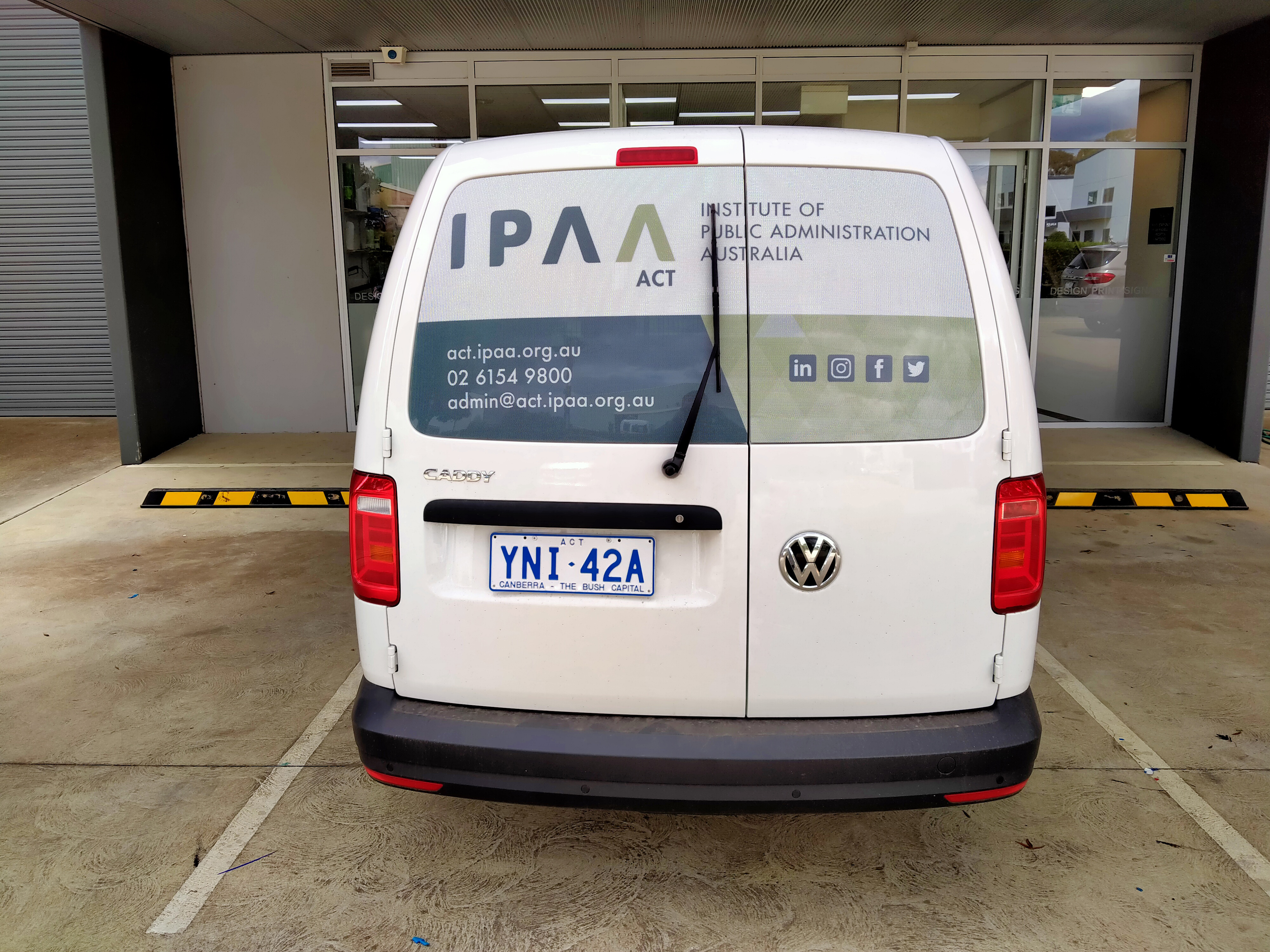 Canberra Van Signage - IPAA Volkswagen Caddy Vehicle Signage Que